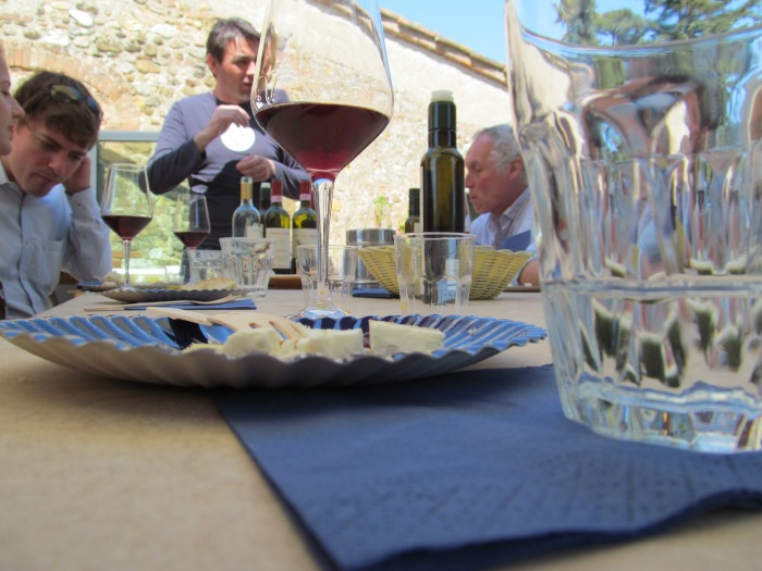Wine tour in Tuscany via MontgomeryFest