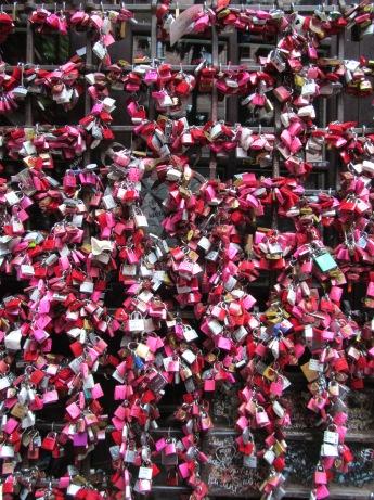 Romeo + Giulietta's love locks | Verona, Italia